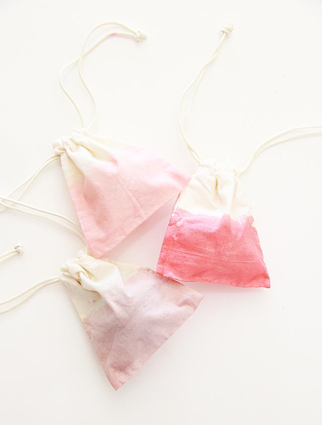DIY Kool-Aid Dip Dye Bags