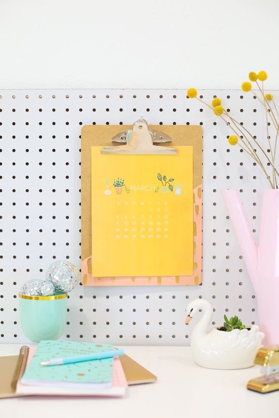 2018 Printable Calendar at Lovely Indeed