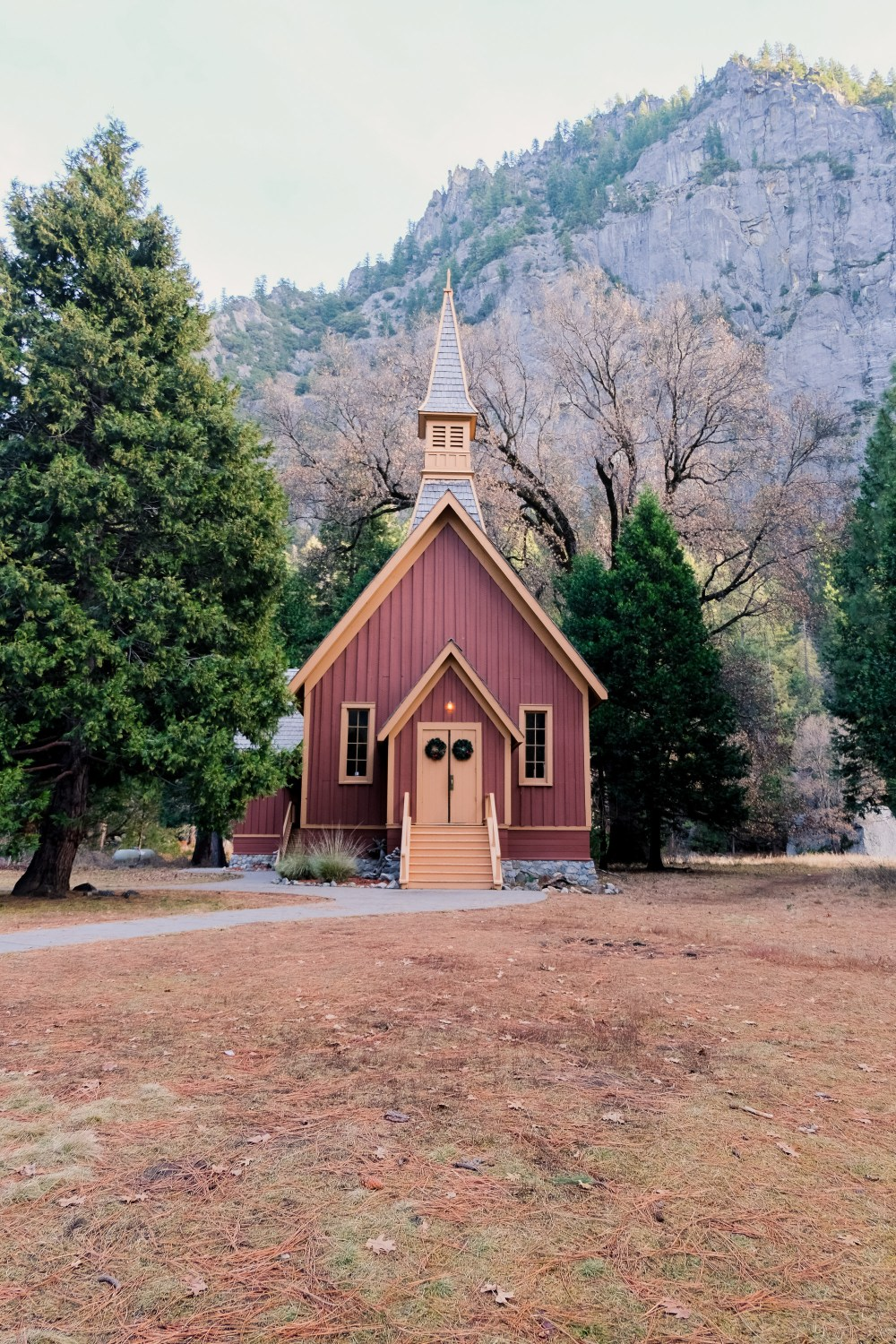 Chapel // Things To Do in Yosemite in Winter