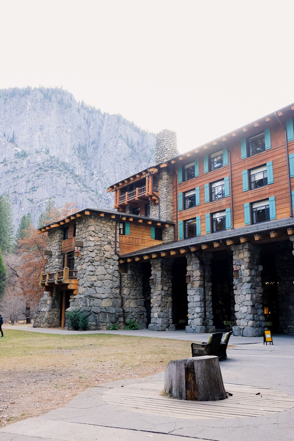 The Majestic Yosemite Hotel // Things To Do in Yosemite in Winter