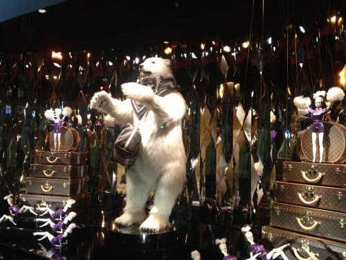 Dancing Louis Vuitton bear at Galeries Lafayette