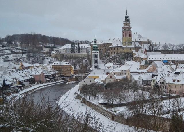 esky-Krumlov-in-Winter-Snow-Czech-Republic