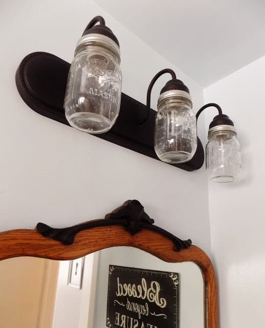 Rustic Farmhouse Bathroom Mason Jar Lighting