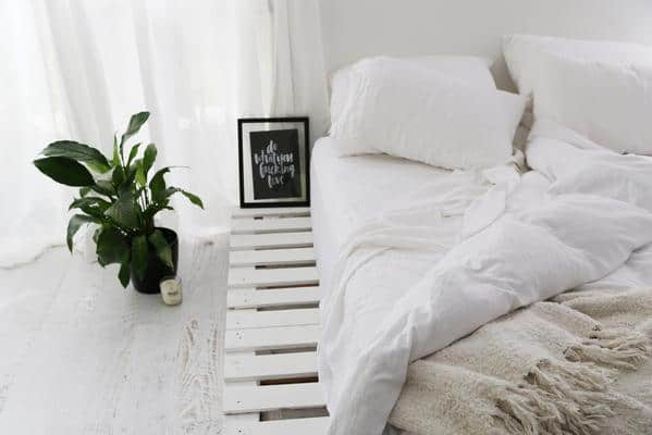 All White Pallet Bed