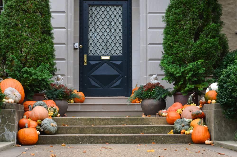 autumn pumpkin decorations