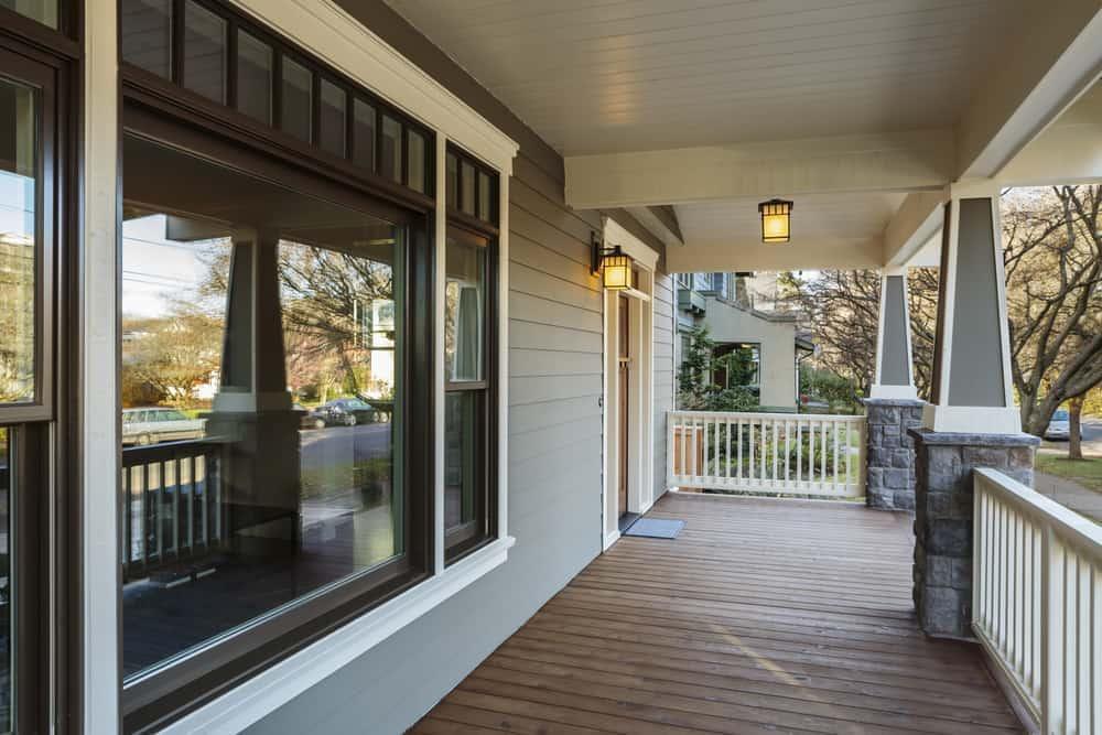 bay window woodwork porch