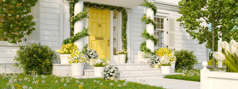 yellow door flowers columns