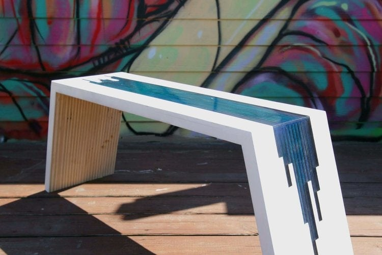 This river bench is functional, but also decorative. Add charm to any space in your home or office. You have to see this guide! thesawguy.com