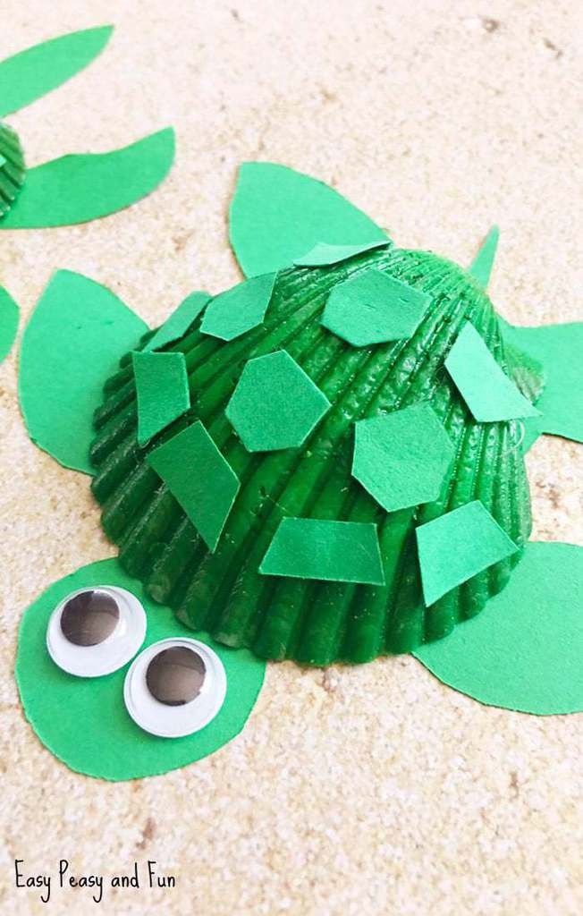 Seashell Turtle Kids and adults will love this homemade seashell turtle. All you need are some seashells, paint, glue, and jiggly eyes. Seriously, it doesn't get any easier than this. Have a peek to get started. thesawguy.com