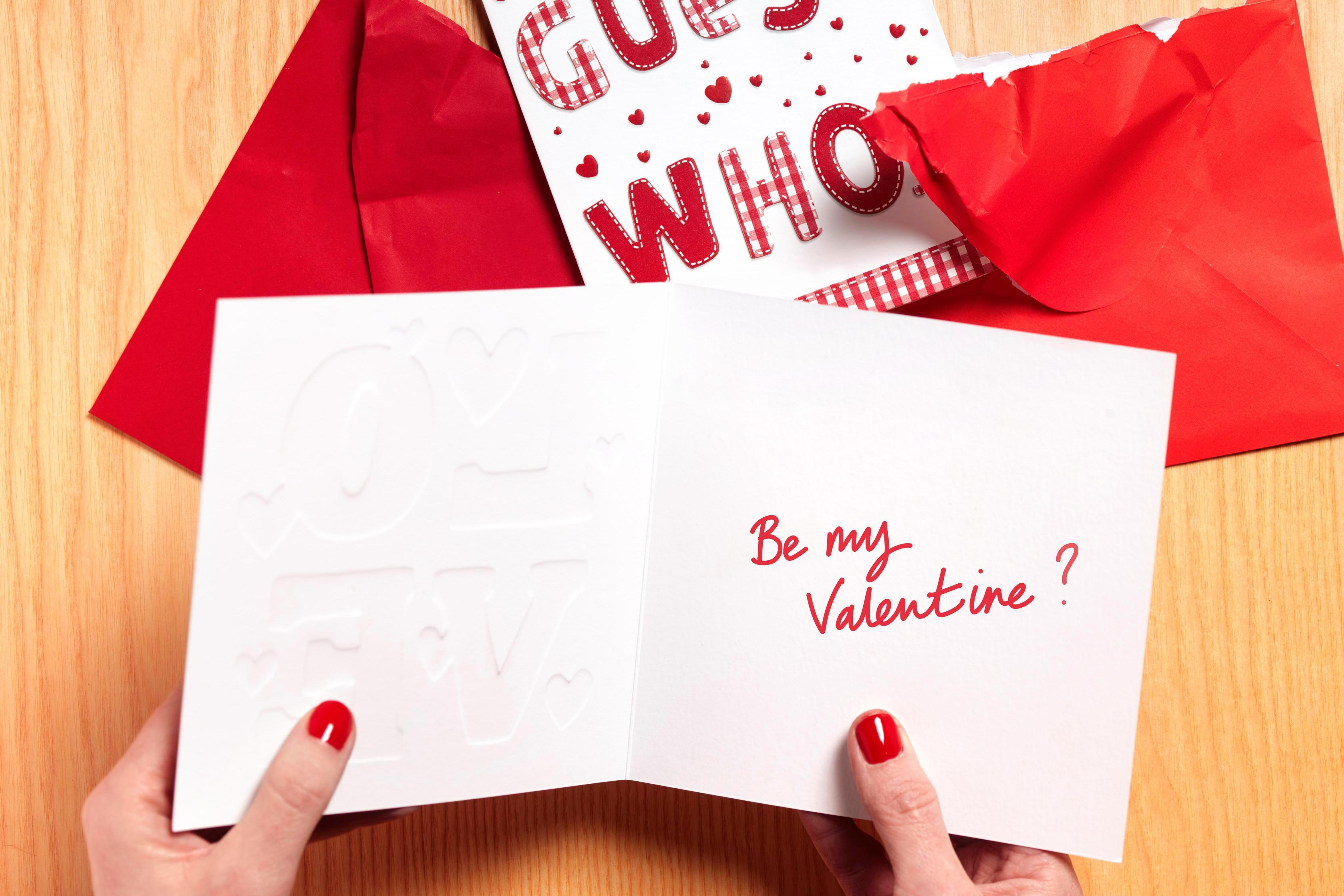 What to Write in a Valentine's Day Card for Every Relationship Stage