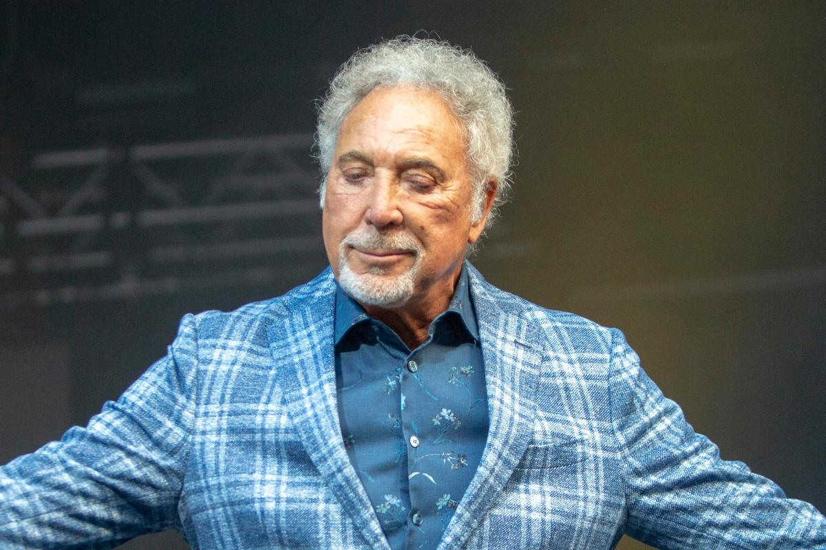 Sir Tom Jones coming to Scotland this summer as he announces Dundee