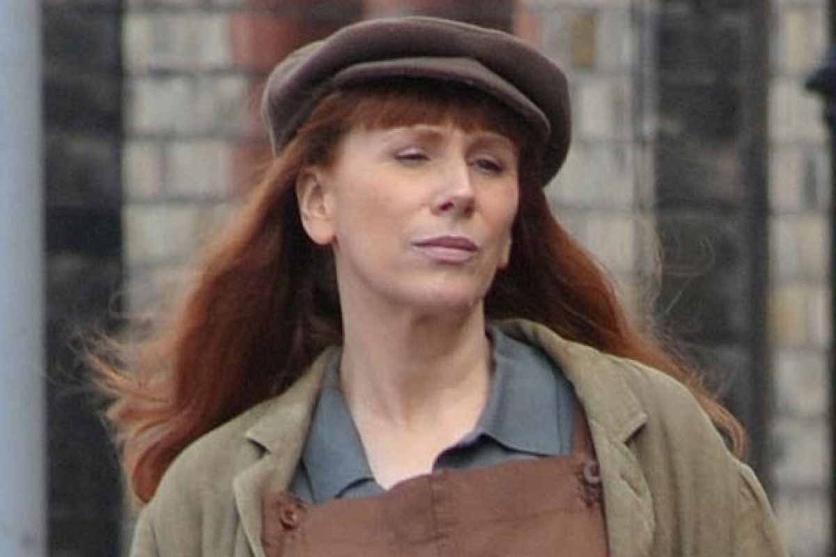 Catherine Tate saddles up as she shoots scenes as young version of potty-mouthed character Nan for new film