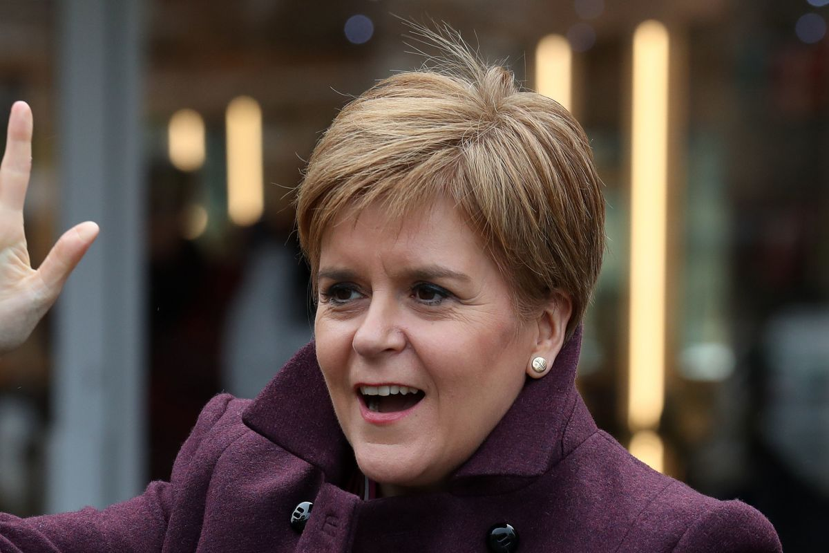 Nicola Sturgeon blasts think-tank's scathing SNP verdict – just days after praising it for rubbishing riv
