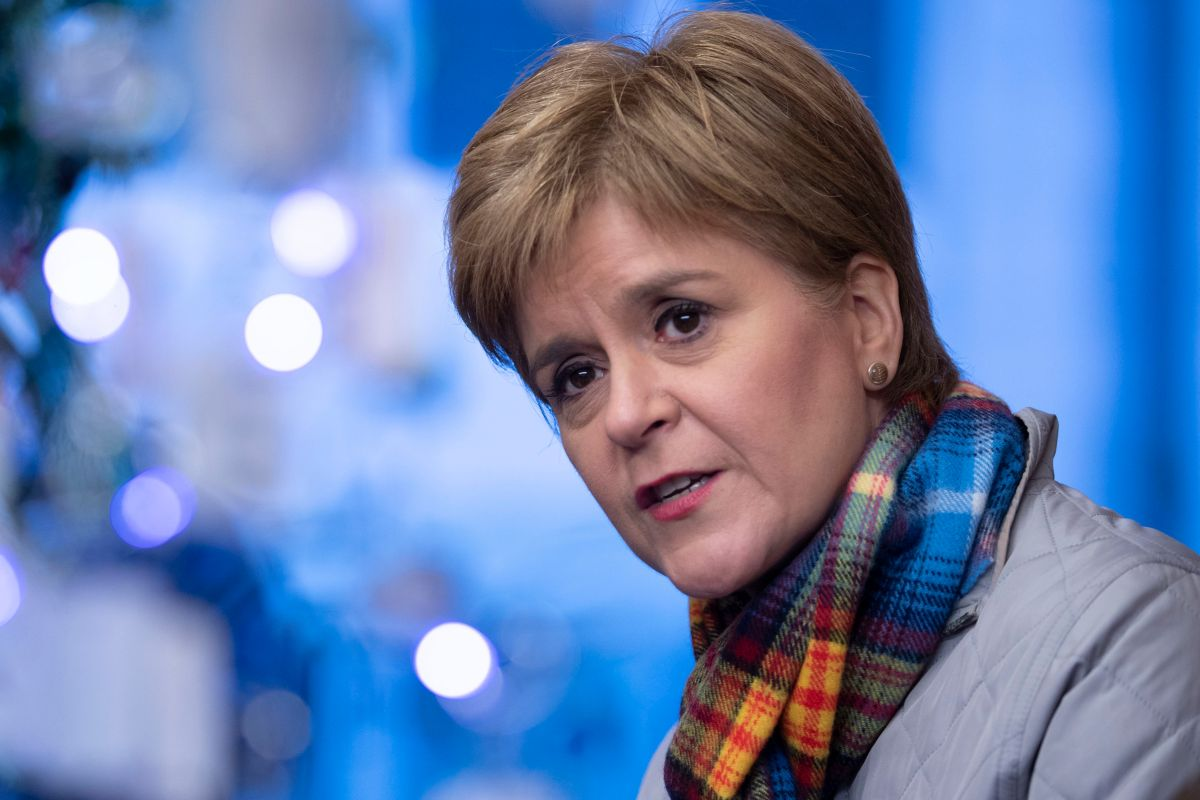 Nicola Sturgeon's battlebus tour of north east tells you how seriously the SNP is taking the election fight