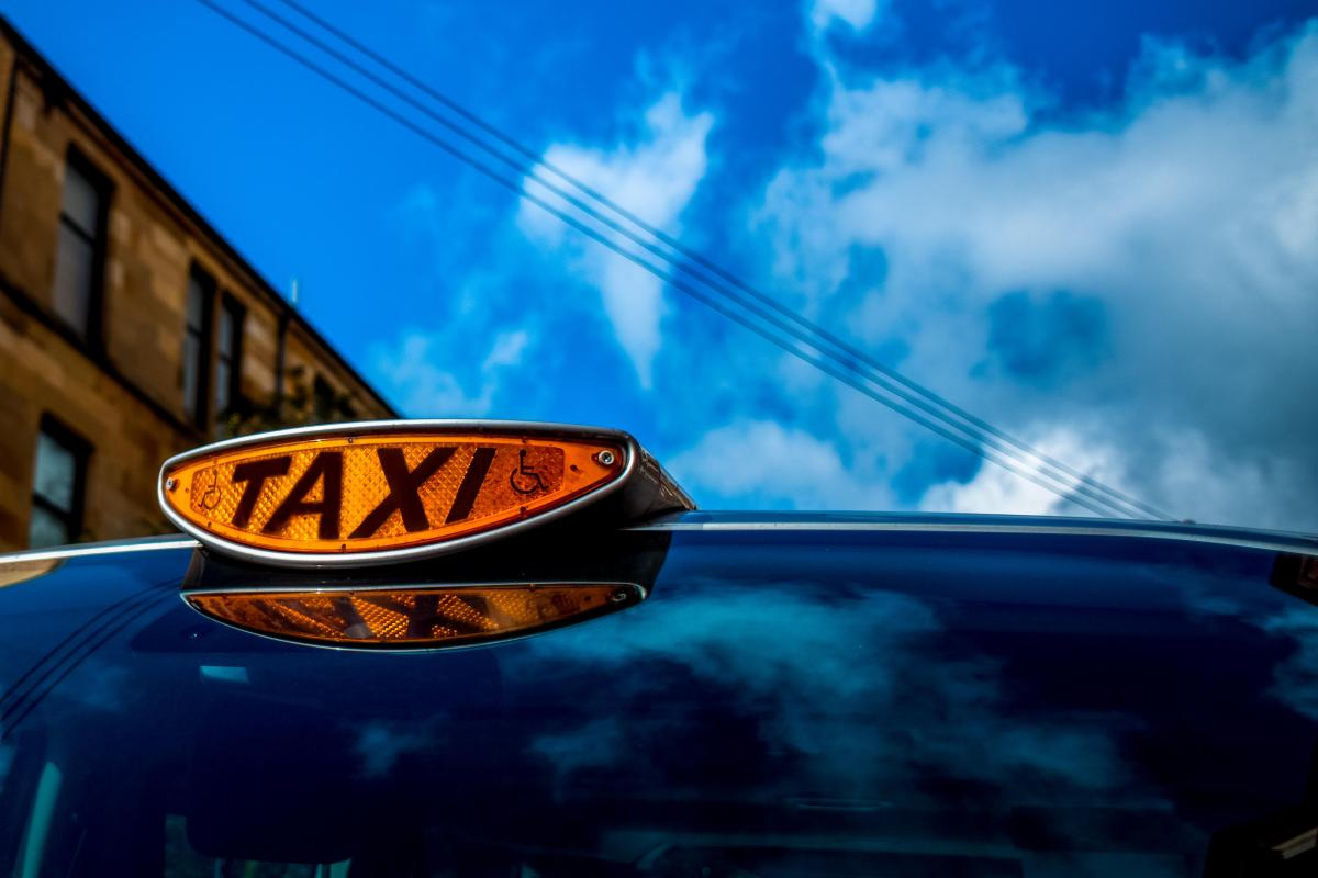 Glasgow taxi driver with history of overcharging suspended for turning off his meter during Summer Sessions