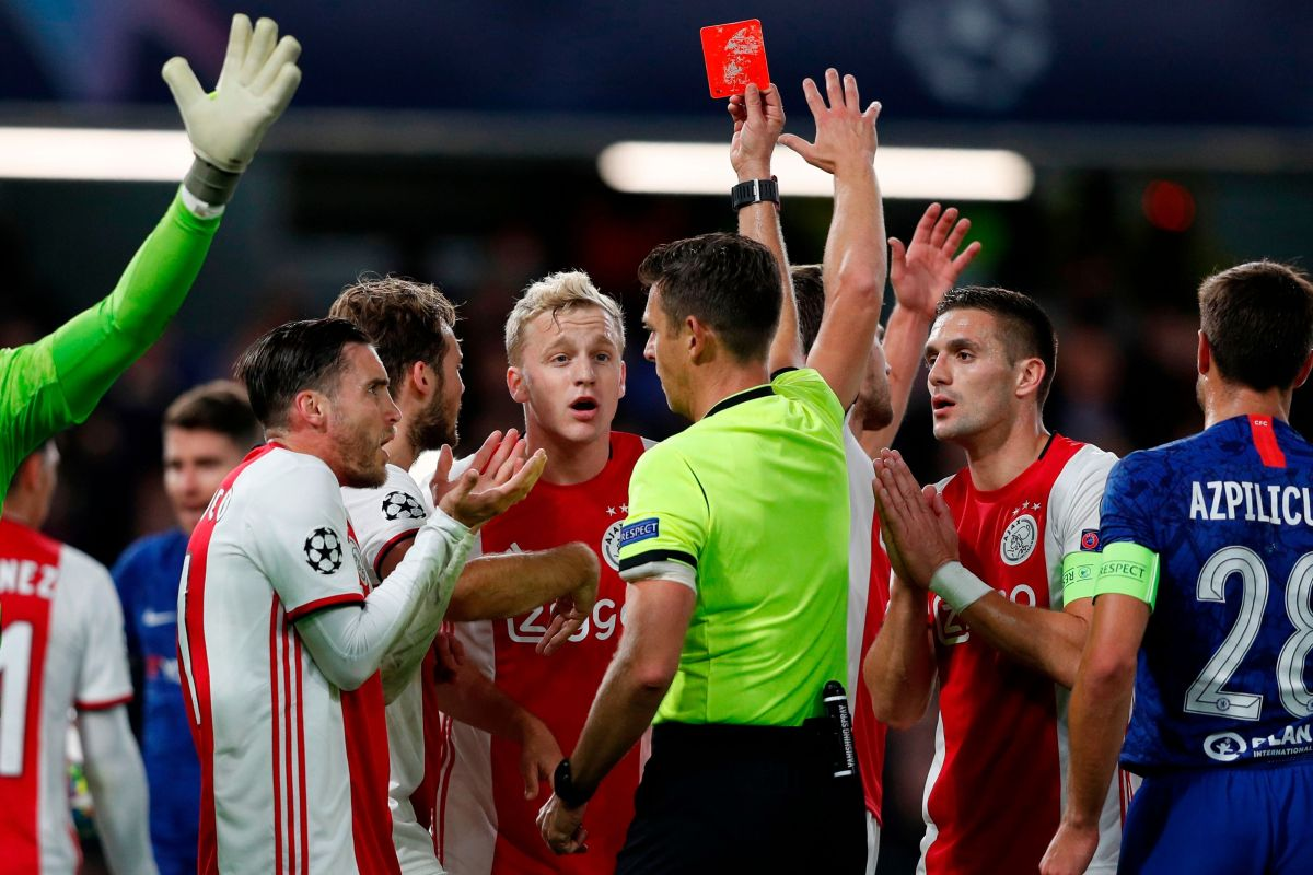 Uefa admit Chelsea were given unfair advantage against Ajax to progress to Champions League last-16