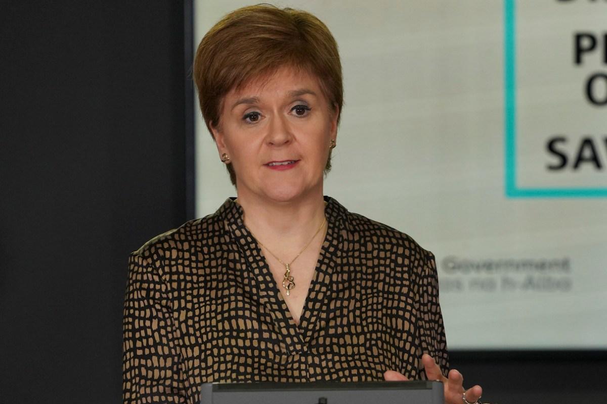 Sturgeon warns more coronavirus clusters likely after Aberdeen pub outbreak