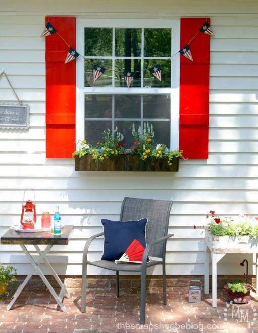 Give a drab outdoor space a fresh new look with just a few DIY projects!