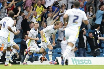 Leeds United 1-0 Wolves