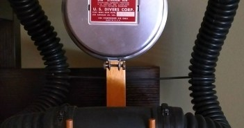 Vintage Dive Kit