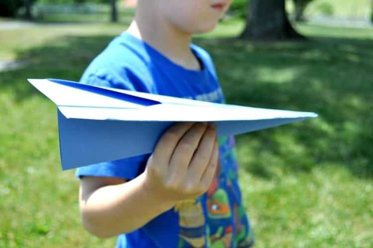 How to Make the Perfect Paper Airplane