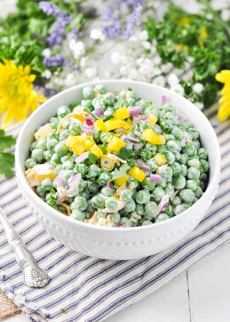Southern Pea Salad | Salad Recipes | Peas | Spring Recipes | Easy Side Dish | Healthy Recipes Easy | Potluck Ideas | Side Dishes | Salads