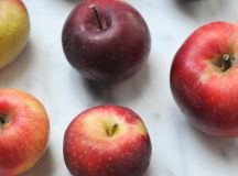 Many Thoughts on Applesauce + A Very Short Recipe | The Second Lunch