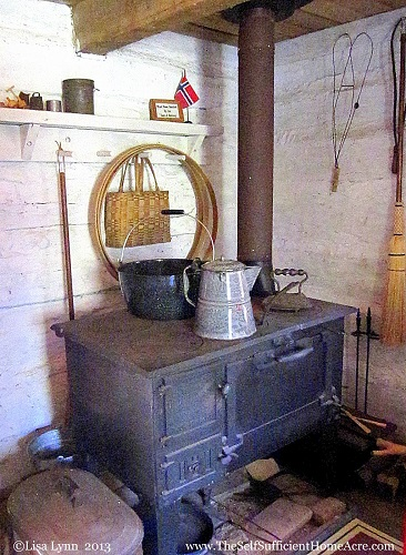 How To Cook With A Wood Stove The Self Sufficient Homeacre