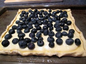 Blueberries and Cream Tart Recipe made with Puff Pastry