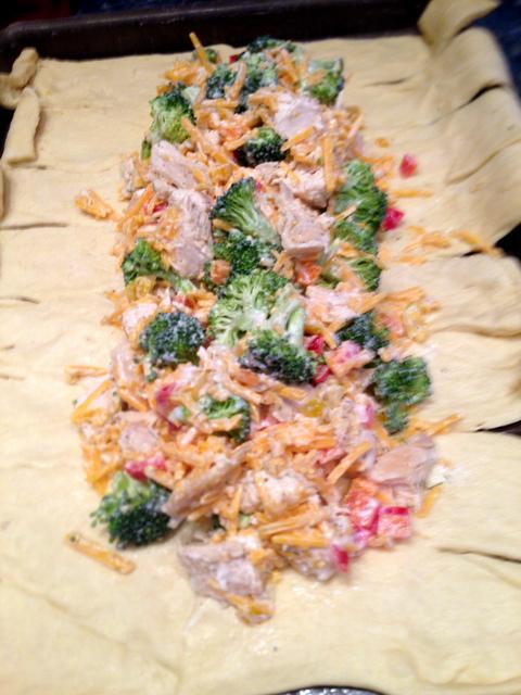 Chicken Broccoli Crescent Roll Braid Recipe
