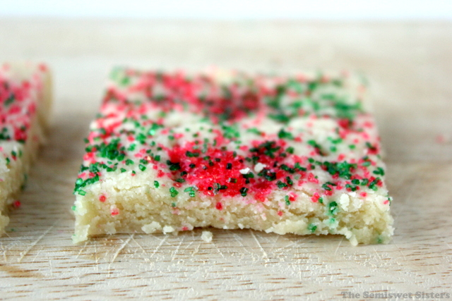 Christmas Shortbread Bars (4 Ingredients)