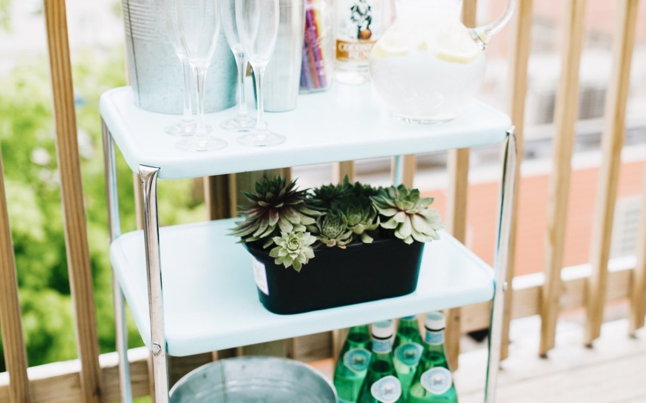 Simple Outdoor Bar Cart Styling