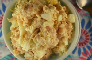 This 3 Ingredient Chicken Salad is a great option for an easy workday lunch to fix as a sandwich or put on crackers. You will not be able to stop eating this simple salad with canned chicken, hard boiled eggs and mayonnaise.
