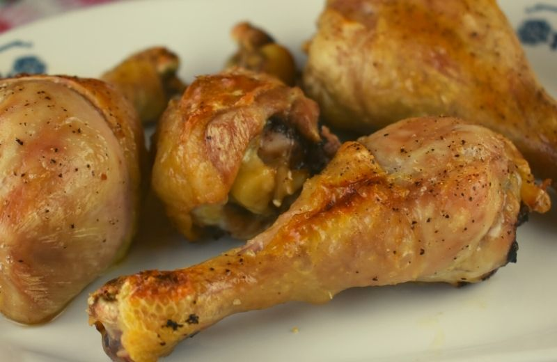 Need a quick and easy way to make your family happy? These 4-Ingredient Baked Chicken Legs are easy to make and turn out tender and juicy every time. Kids go crazy for these yummy chicken legs. These beauties are a great option when you are looking for a keto-friendly, low carb or gluten free option for dinner.