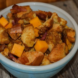Bacon and Cheese Snack Mix