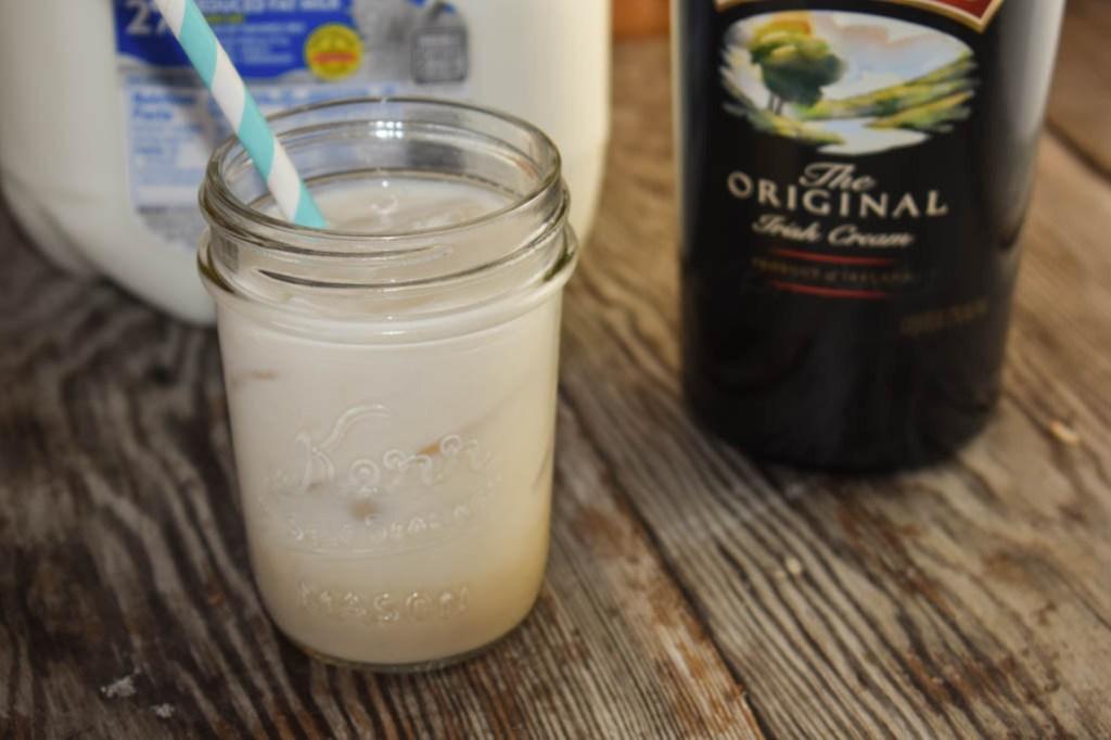 Baileys Milk is an easy two-ingredient alcoholic drink that is simple and refreshing.