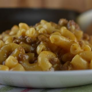 What can i make with hamburger and macaroni? Homemade Frisco Melt Hamburger Helper tastes like a classic Steak 'n Shake Frisco melt burger.