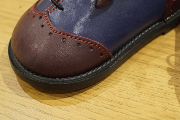 The Little Shoemaker wingtip brogues 2