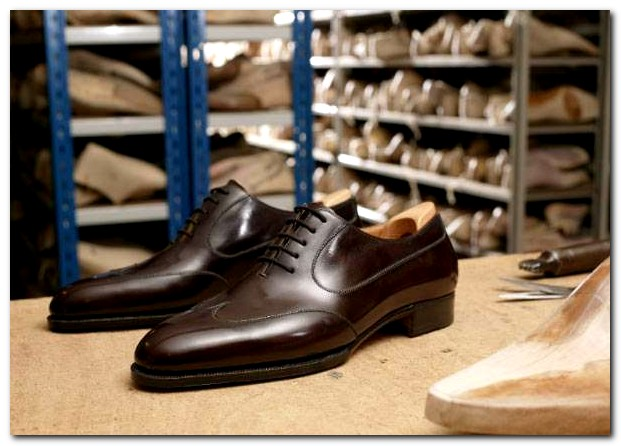 courtesy of meusmanifesto (on wordpress) John Lobb bepsoke