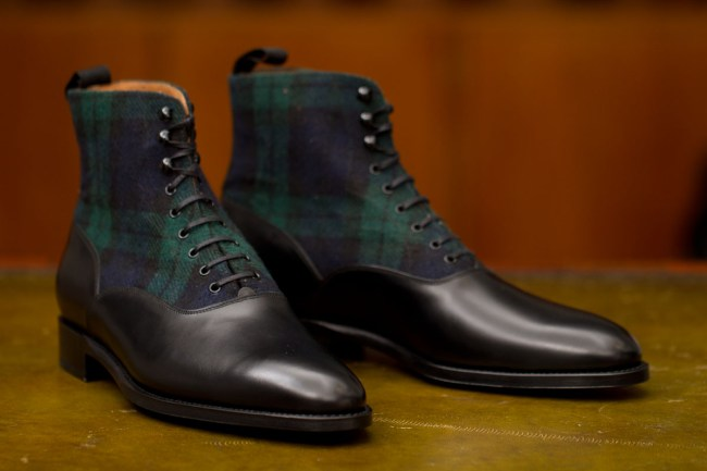 The Wedgwood in Black calf/Blackwatch Tartan