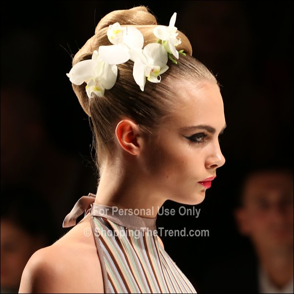 Delevingne Updo With White Orchids On Issa Runway London Fashion