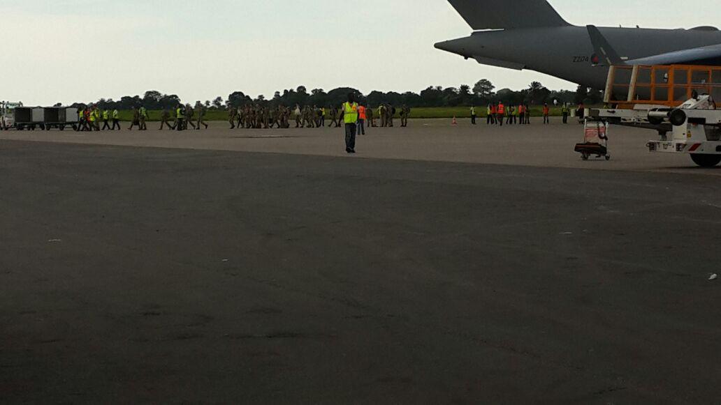 British troops arrive in Freetown2