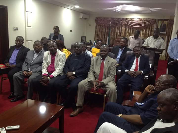 VP Foh receives kono deleation 2