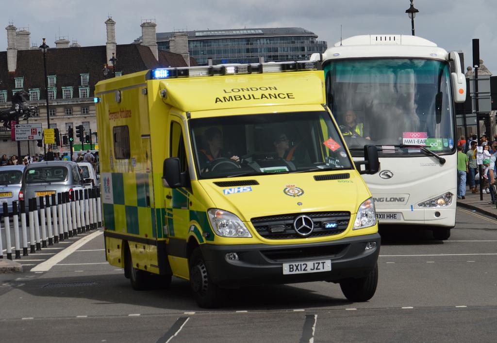 london ambulnace