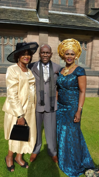 Victor Mambu - his aunty on left and sister Vicky on right