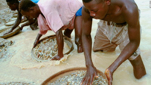 Sierra Leone's huge 'peace diamond' fetches US$6.5M