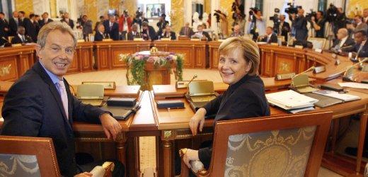 G8-Gipfel in St. Petersburg - Merkel, Blair