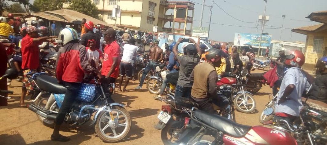 APC protesters in Makeni yesterday – 160119