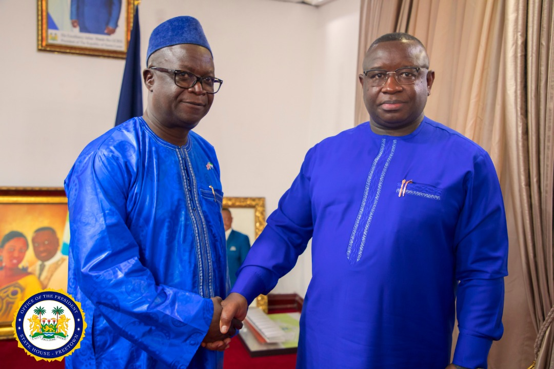 Tamba Lamina takes ministerial oath of office 4