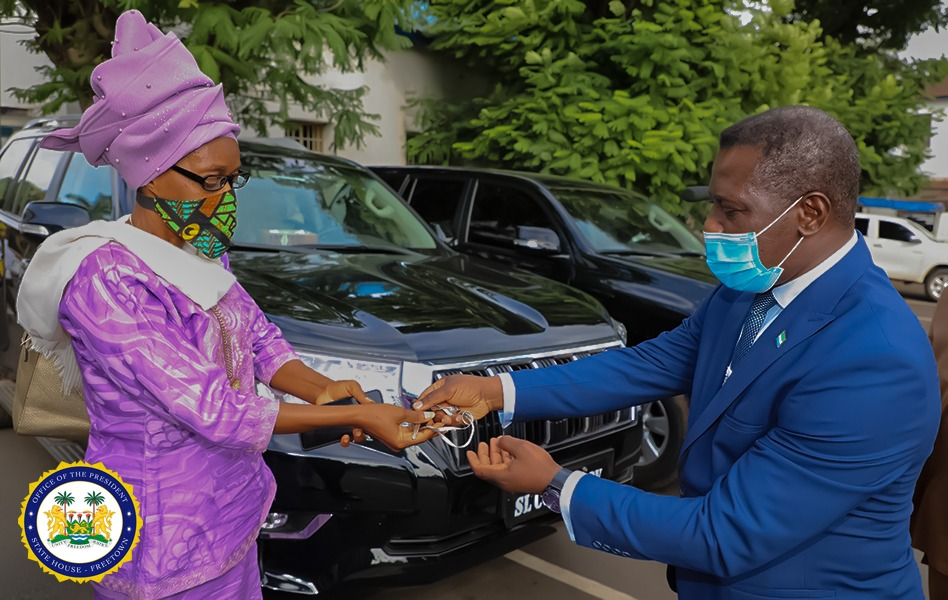 President Bio donates luxurious SUVs to government ministers and officials 1